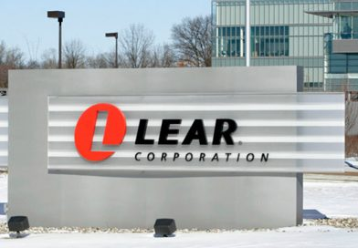 Távozik a Lear, 500 munkahely szűnik meg